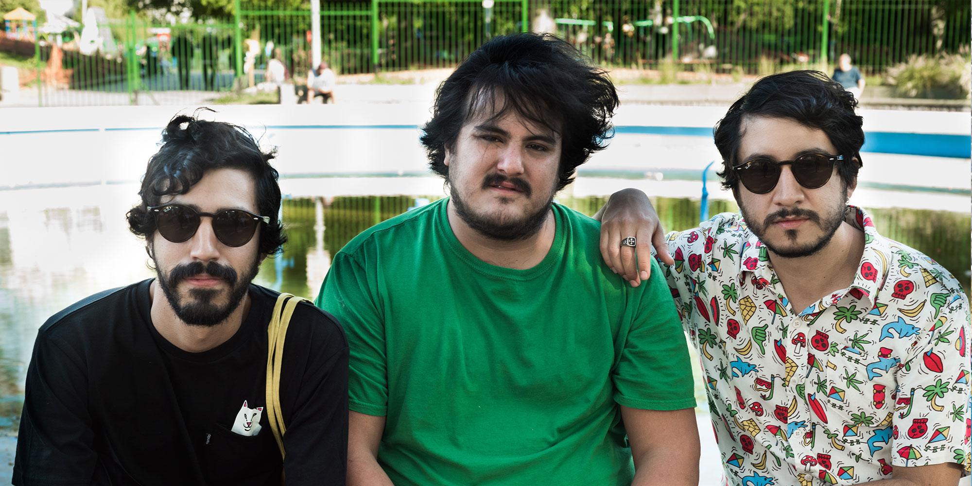 Truco Sanchez y Santiago Casillas en Plaza Armenia, Buenos Aires, Argentina. Ph: Mica Garate.